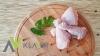 Holandia - pracownik produkcji pakowanie mięsa drobiu